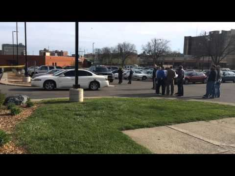 Man dead after shooting at Flint apartments