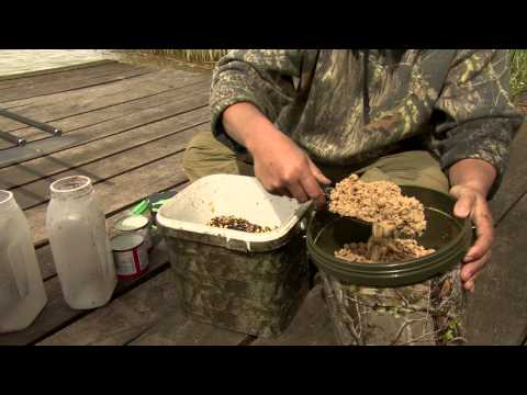 Carp Fishing Over Spod Mix At Lahore With Danny Fairbrass