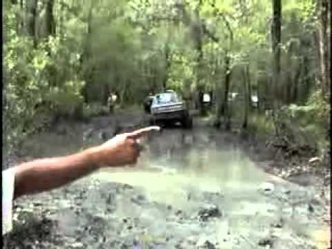4x4 Chevy And Dodge Trucks Mud Bogging In La Swamps Youtube