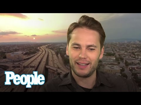 Taylor Kitsch Talks Steamy 'True Detective' Nude Scene | People