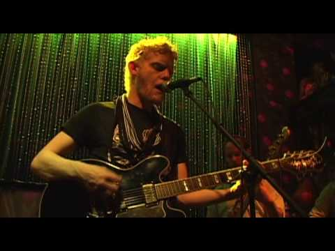 Gentleman  Reg - To Some It Comes Easy (live) 5/31/09 Johhny Brenda's Philadelphia, PA