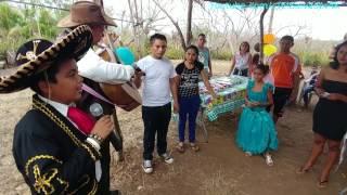 Que comience la fiesta con los mariachis. Cumpleaños de Kukita. Parte 7
