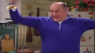 Николай Воронин - Танцует