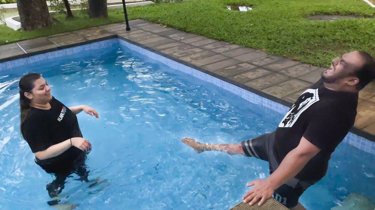 Swimming Pool Ka Thanda Paani Aur Upar Se Baarish...! 🥶