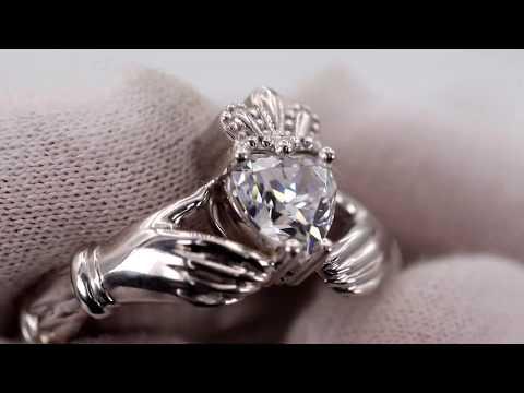 EliteGold - кладдахское кольцо из белого золота с камнем сваровски руки держат сердце