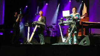 Howard Jones Live - What is Love?