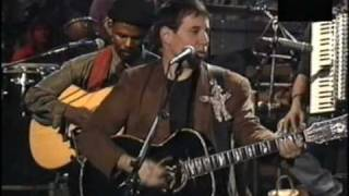 Watch Paul Simon Graceland video