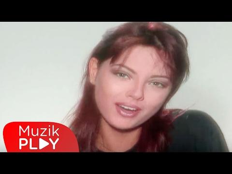 Ebru Gündeş - Sevme Yanarsın (Official Video)