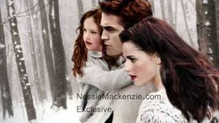 Edward, Bella, and Renesmee ♥