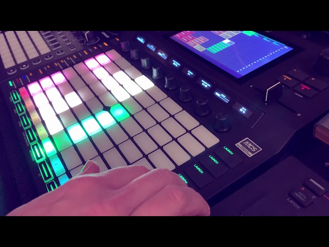 Akai Force - Mini Set Live Techno Improvisation Jam