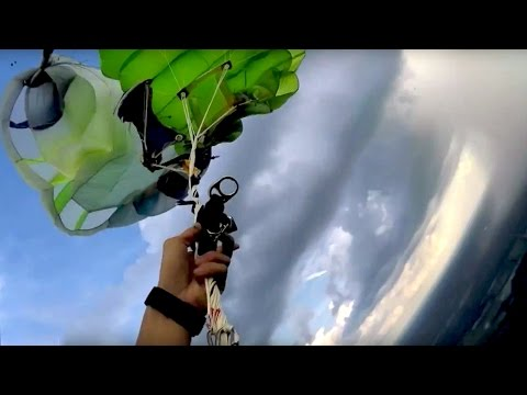 Brodee - Dude's Parachute Gets Tangled... Then His Reserve Parachute Get Tangled...