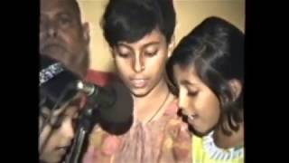 """hey sharde maa"" - Prayer of Devi Saraswati by kids"