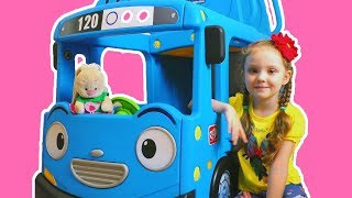 Wheels on the Bus - Nursery Rhymes and Kids Songs| 동요와 아이 노래 | 어린이 교육