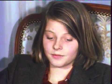 Jodie Foster talks La petite fille au bout du chemin