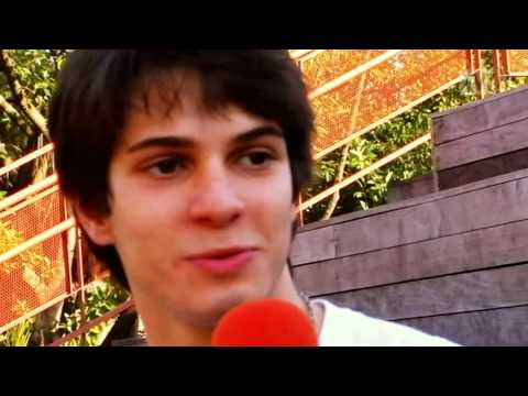 Federico Devito para a TV CAPRICHO
