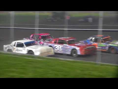 Hobby Stock Amain @ Boone Speedway 05/05/18