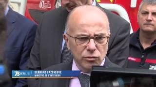 Intempéries : Bernard Cazeneuve constate les dégâts à Rambouillet