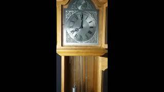 Напольные маятниковые часы с боем Hermle. Механизм FHS. Германия