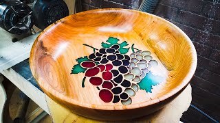 Woodturning a Bowl of Grapes - Resin Art