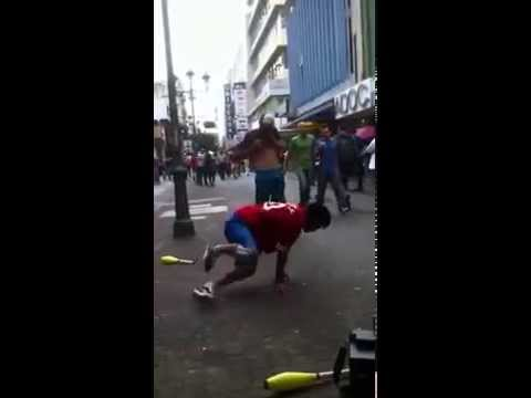 Dancing in the streets / Costa Rica