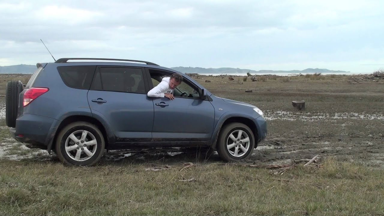 toyota rav4 awd stuck in the mud new zealand youtube. Black Bedroom Furniture Sets. Home Design Ideas