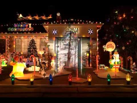 Simple diy outdoor christmas decorations youtube for Simple outside christmas lights ideas