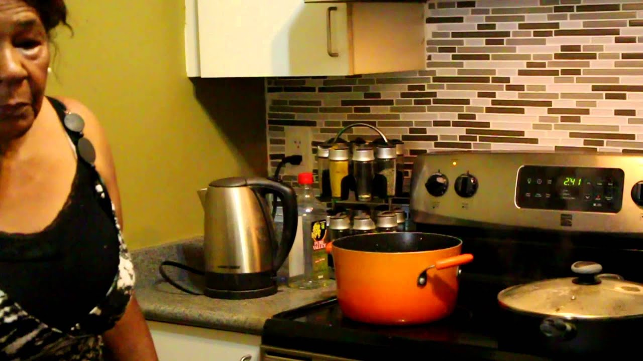 How To Cook Oxtail With Rice And Peas  What's For Dinner 201611
