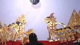 Pagelaran Wayang Kulit ki Dalang Hadi Sugito, Lakon Petruk dadi Ratu - part 1/7