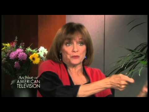 "Valerie Harper discusses the spinoff series ""Rhoda""- EMMYTVLEGENDS.ORG"