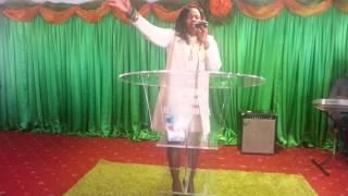 Amen Halleluah: Ivy Kombo-Kasi Leading Worship