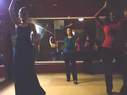 Melissa's flamenco dance class June 2008