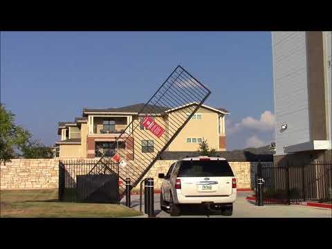Ohioan style Pivot Gate
