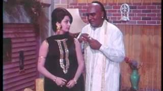 Padosan - 4/13 - Bollywood Movie - Sunil Dutt, Kishore Kumar & Saira Bano