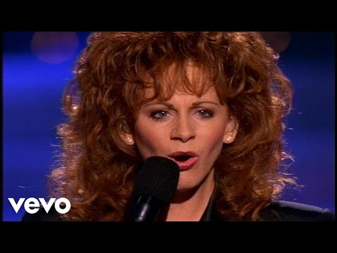 Reba McEntire - Starting Over Again (Official Music Video)