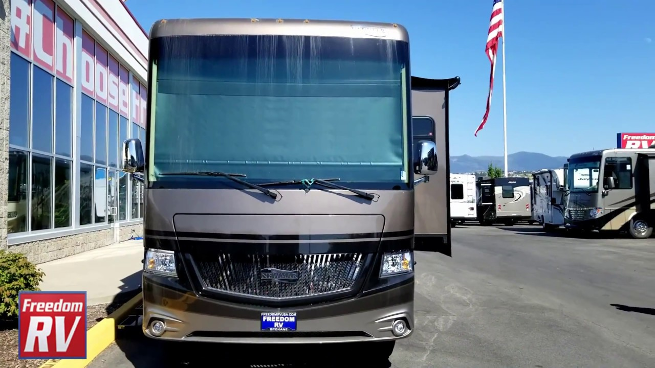 New 2018 Newmar Canyon Star 3924 Motor Home Class A at Appleway RV