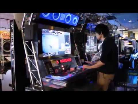 Best Rhythm and Music Game player in a Game Center in Tokyo ・ベスト音ゲーinゲーセン