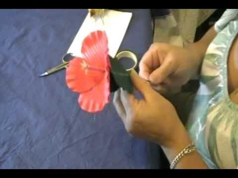 Como hacer flores en goma eva rosa de china youtube - Flores de goma eva ...