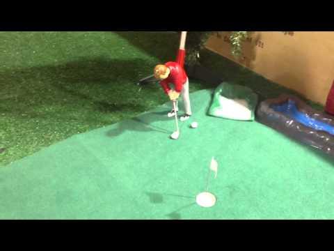 Mini indoor golf games