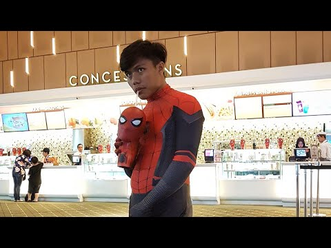 BIKIN HEBOH 1 MALL - Nonton Spiderman Pakai Costum Spiderman