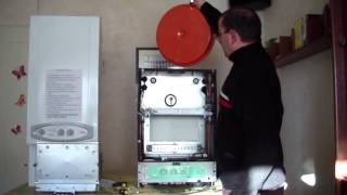 Caldera de gas bloqueada: Video tutorial jsm, sustitucion vaso de expansion en caldera de gas.