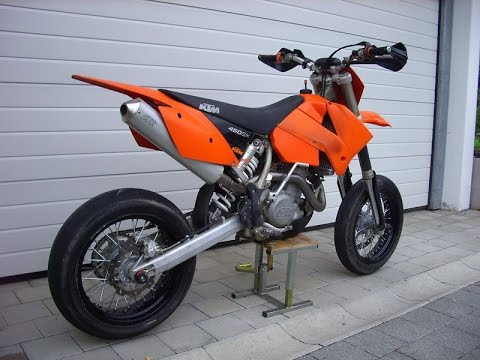 ktm 525 sx exhaust sound and fly by youtube. Black Bedroom Furniture Sets. Home Design Ideas