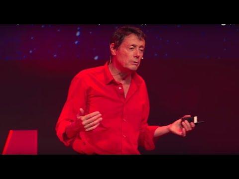 Liberté, chemins de traverse et combativité | Antoine de Maximy | TEDxMarseille