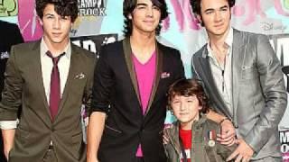 Jonas Brothers - Goodnight & Goodbye (Lyrics)