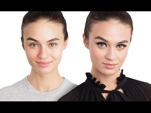 Applying thick eyeliner   Perfect Eyeliner   Oriflame Cosmetics