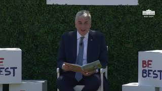 White House Easter Egg Roll Reading Nook - David Hargan