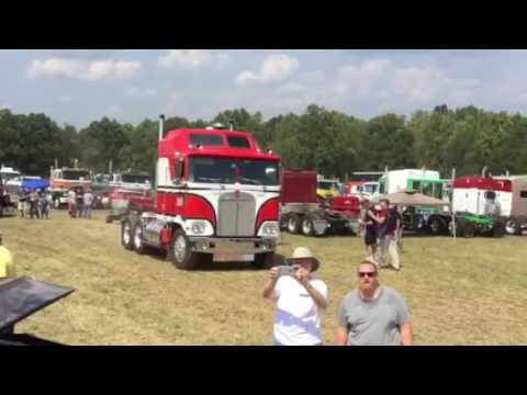 BJ and the Bear Kenworth Taylorsville, NC. - YouTube