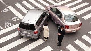 Как работает страховка авто в США. Что происходит в случае аварии(Как работает страховка авто в США и что происходит в случае аварии. Рассказываю на реальных примерах (своих)..., 2014-03-31T06:47:54.000Z)