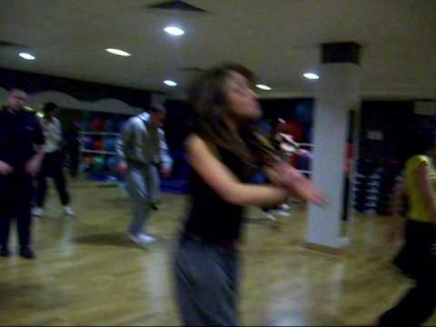 Street Dance in Coventry Beginners class - STREETLIVE DANCE ACADEMY