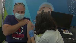 Ревакцинация от коронавируса набирает обороты в Израиле