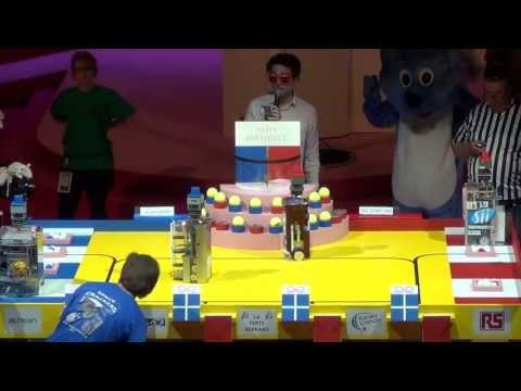 2013 - ESEO-TEAM vs Space Crackers - Coupe de France de robotique 2013